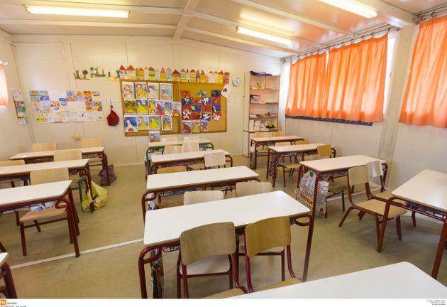 Οδηγίες στα σχολεία για τον νέοκορονοϊό