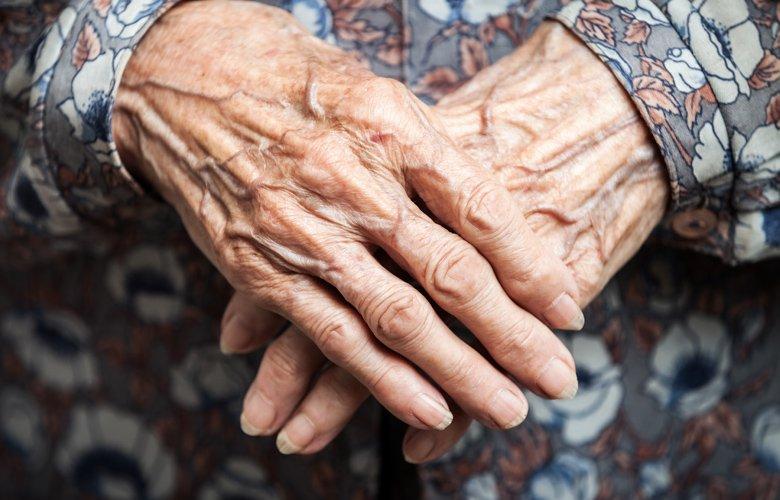 Γιαγιάκα, 107 ετών αποδείχθηκε «λιοντάρι» και νίκησε τονκορονοϊό
