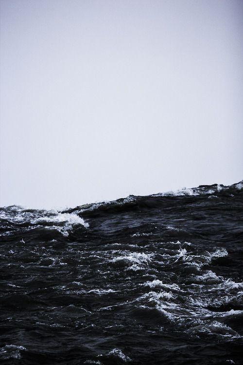Σκοτεινά Νερά (ταινια)