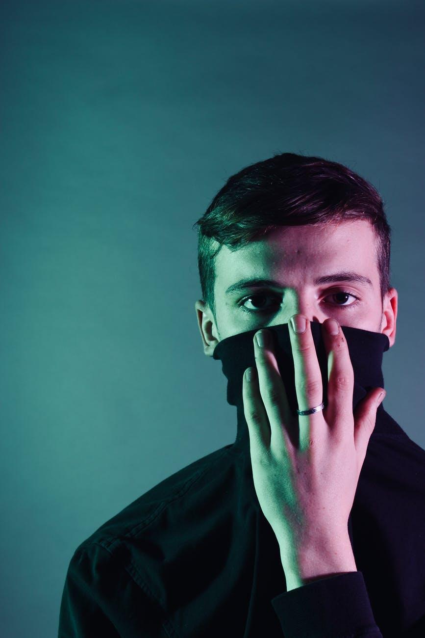 Tέσσερα tips για να αναπνέεις καλύτερα όταν φοράς τημάσκα