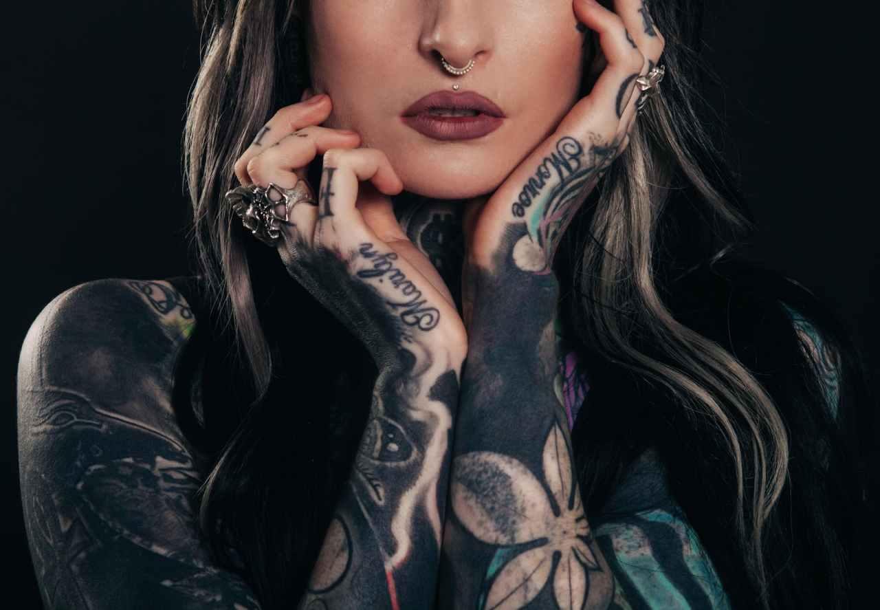 Τα ζώδια που θα έκαναν το ίδιο τατουάζ με τον σύντροφότους