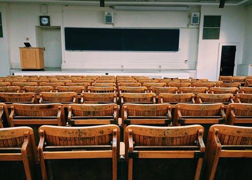 Υφ. Παιδείας: Και εξ αποστάσεως και με φυσική παρουσία η εξεταστική τωνφοιτητών