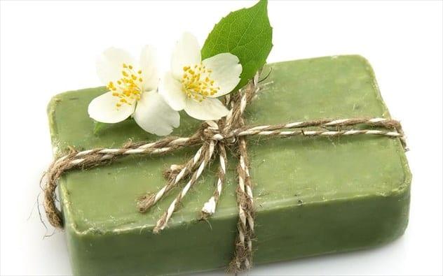 Ποια είναι τα οφέλη του πράσινου σαπουνιού για τα μαλλιάμας