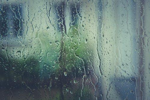 Καιρός Σάββατο Κυριακή: Ανεβαίνει η θερμοκρασία – Πού θα σημειωθούν βροχές καισκόνη