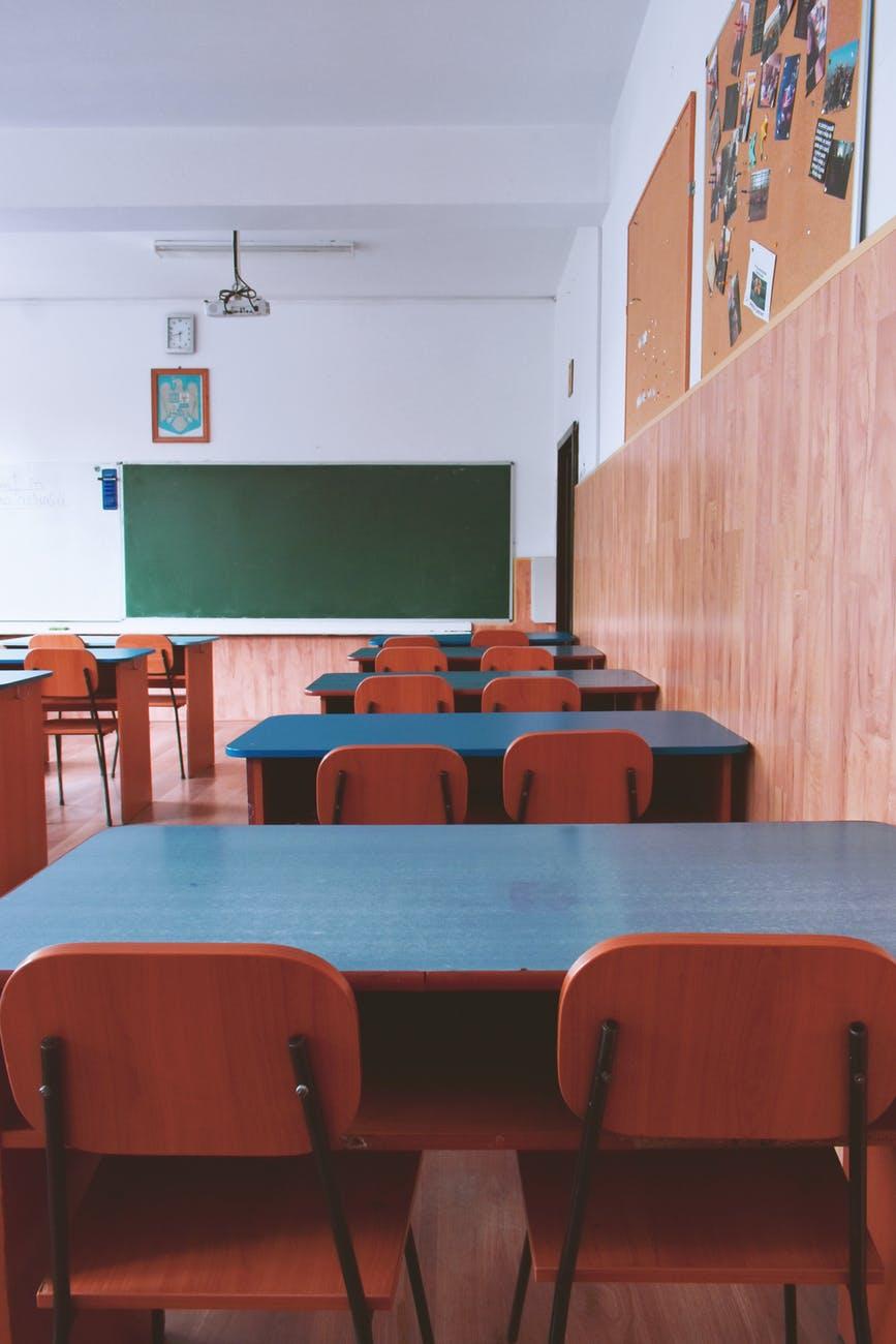 Κλειστά σχολεία Τρίτη: Η απάντηση του Υπουργείου Παιδειας για την απεργία τωνκαθηγητών