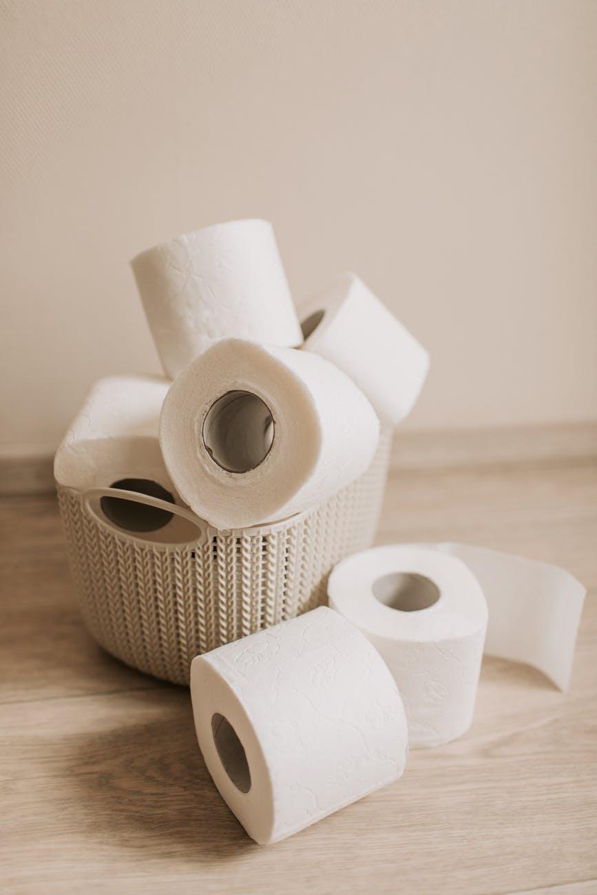Διεθνής έρευνα αποκαλύπτει γιατί ξεπούλησε το χαρτί τουαλέτας εν μέσω πανδημίας – Απίστευτος ολόγος!