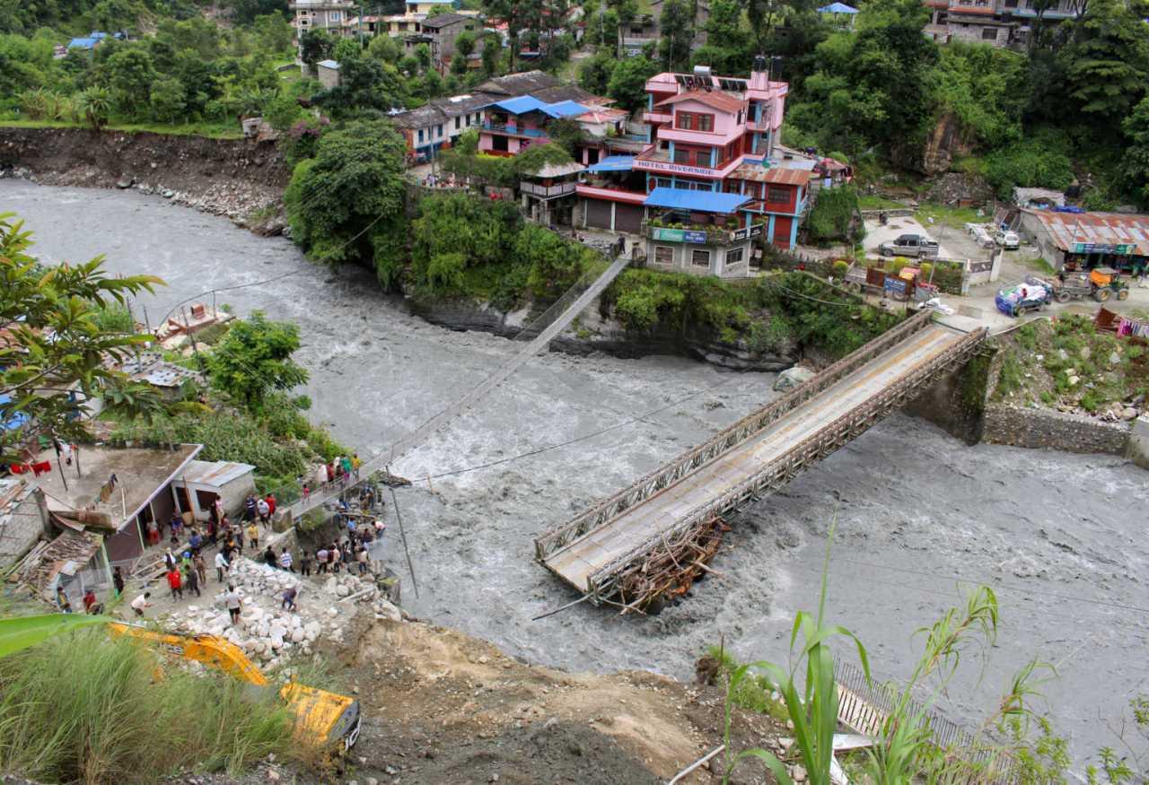 Νεπάλ: 4.000.000 άνθρωποι εγκατέλειψαν τα σπίτια τους λόγωπλημμυρών