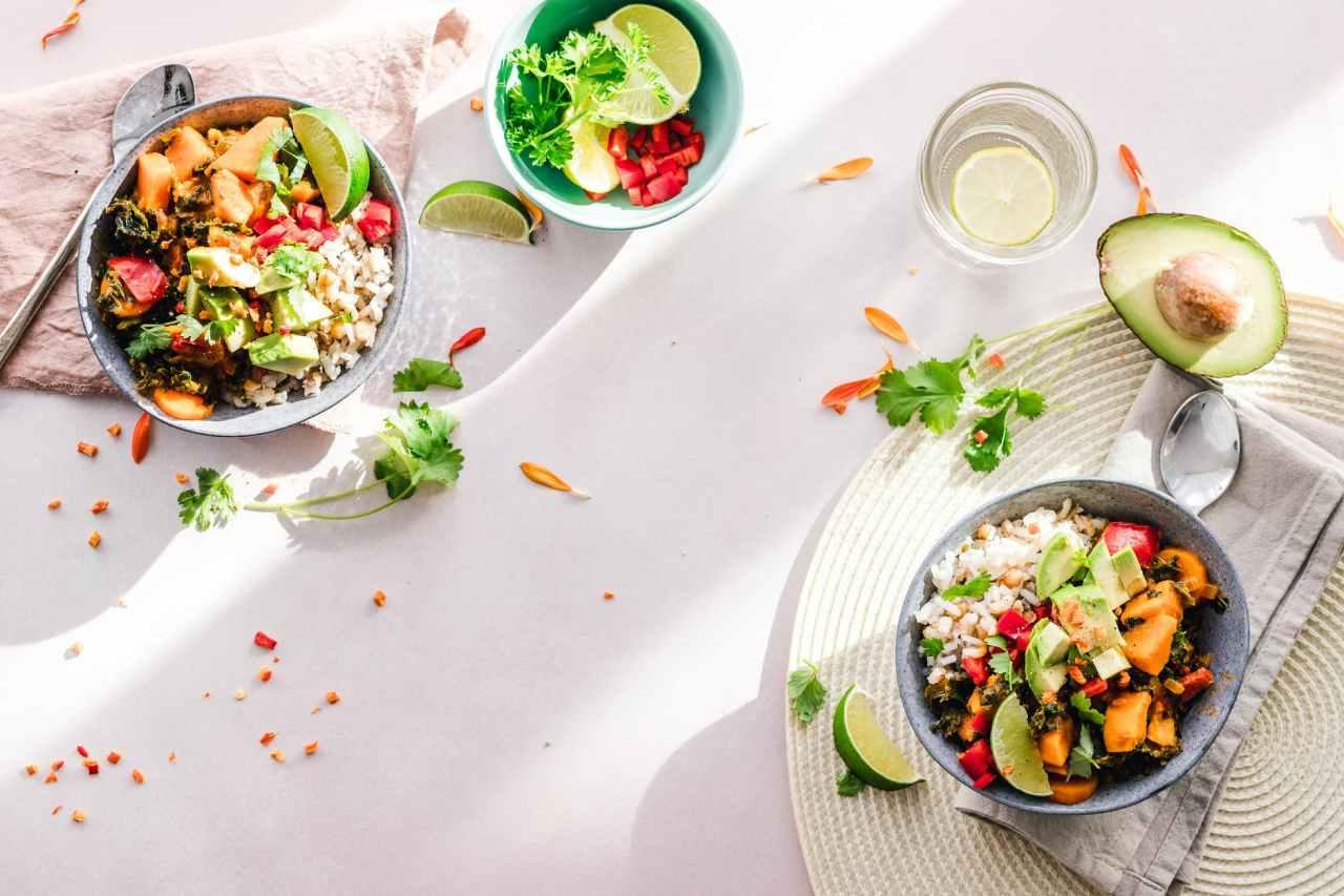 Η υγιεινή διατροφή γίνεταιαπόλαυση