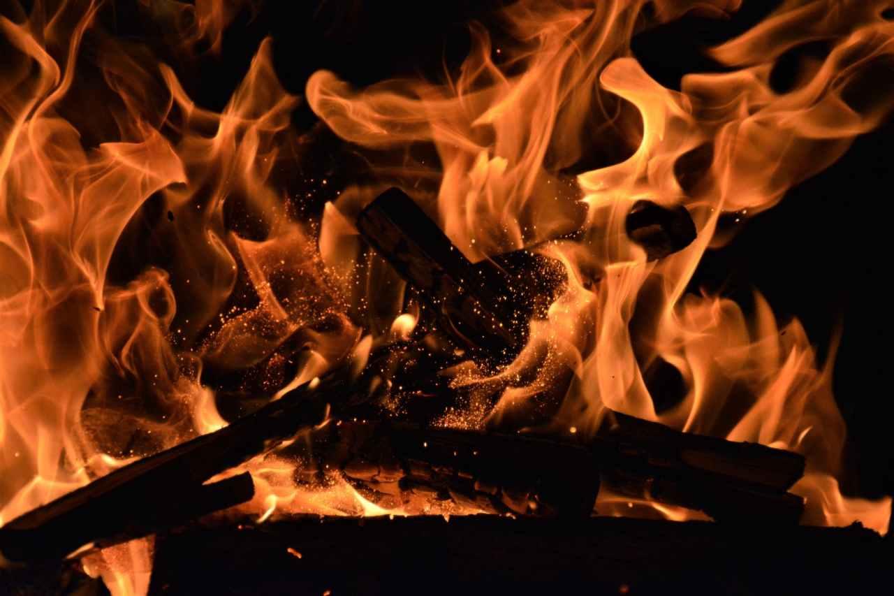 Φωτιά στη Μάλτα Μεσσηνίας: Στις φλόγεςδάσος
