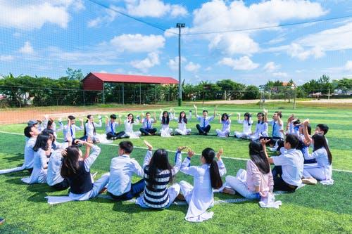 Κλείνουν από τη Δευτέρα τα σχολεία λόγωκορωνοϊού