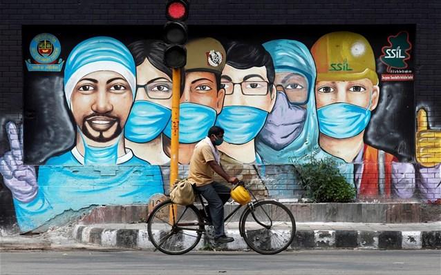 Ινδία: Πάνω από 1,7 εκατ. κρούσματα τουCovid-19