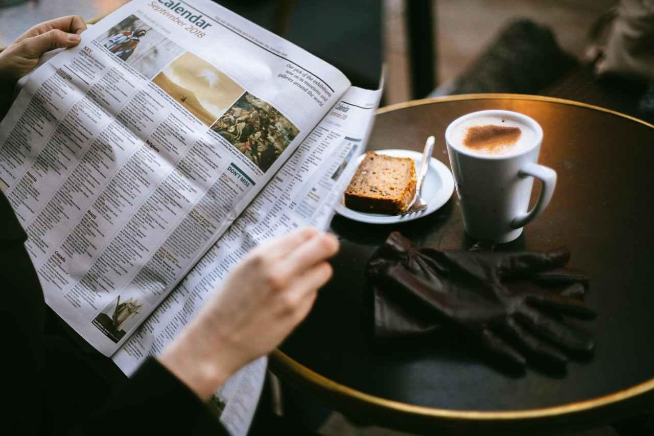 Τα πρωτοσέλιδα τωνεφημερίδων