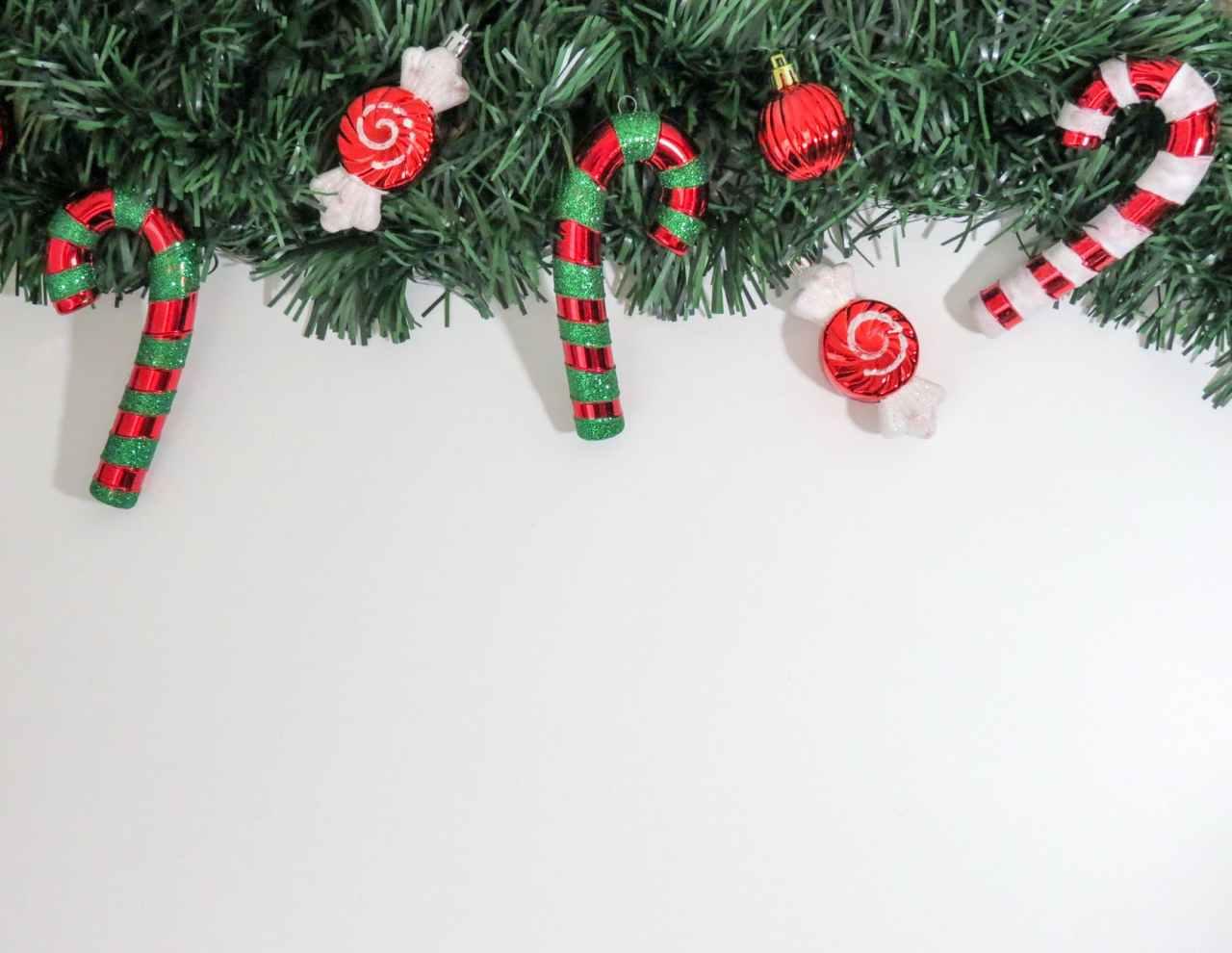 Ψαλίδι στο δώρο Χριστουγέννων σε χιλιάδεςεργαζομένους