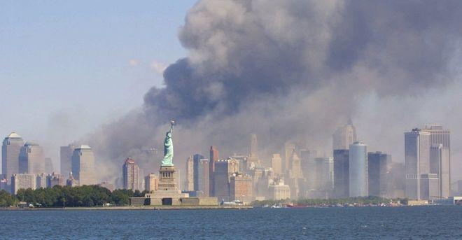 Η Νέα Υόρκη από μακριά την ώρα της επίθεσης
