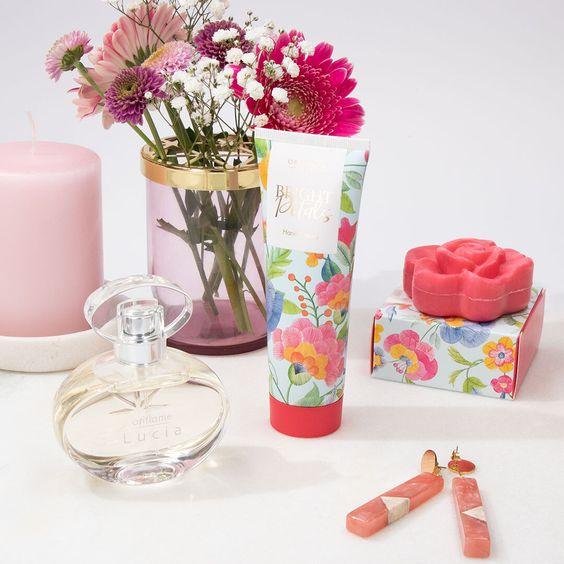 Σετ 3 floral essentials 9.99€