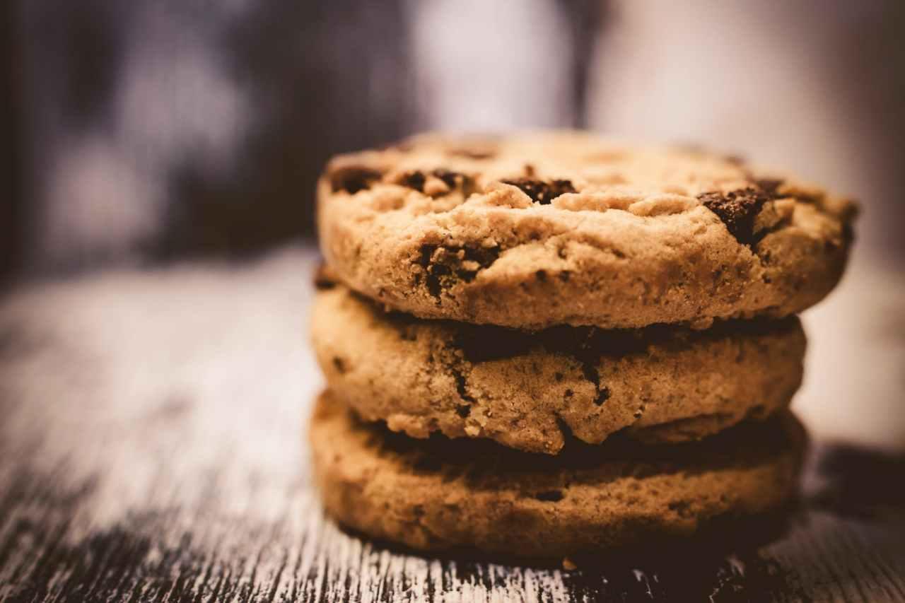 Cookies με αλεύρι ολικής, σταφίδα και μέλι από τον ΝικόλαΣακελλαρίου