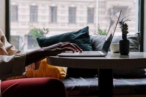ΑΣΕΠ : Κλείνουν οι αιτήσεις για προσλήψεις υπαλλήλων γραφείου στηΔΕΗ