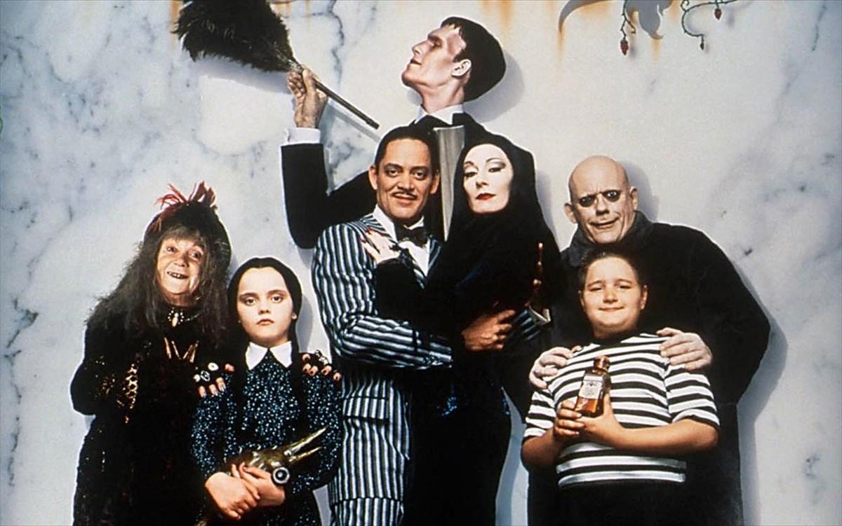 Ο Tim Burton επαναφέρει την Οικογένεια Άνταμς στη μικρήοθόνη