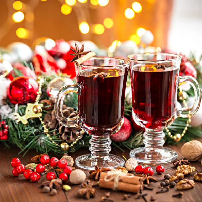 Πως να φτιάξεις εορταστικό ζεστό κρασί στοσπίτι!