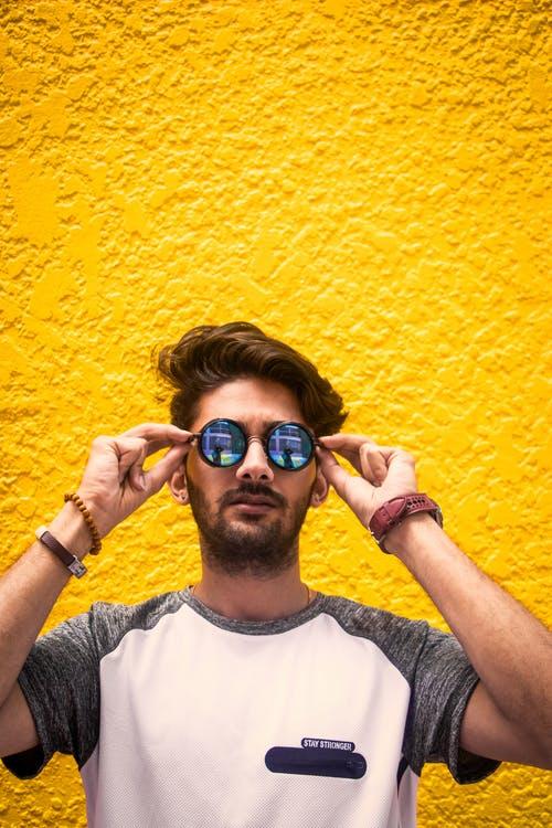 10 Τάσεις στα ανδρικά γυαλιά ηλίου για το2021