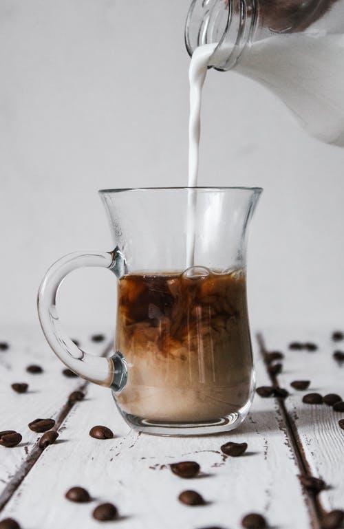 Γιατί ο καφές μπαγιατεύει μετά απόλίγο;