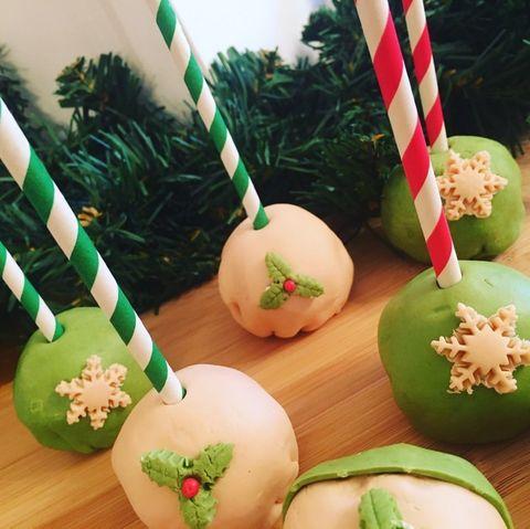 Χριστουγεννιάτικα cake pops καιcakesicles