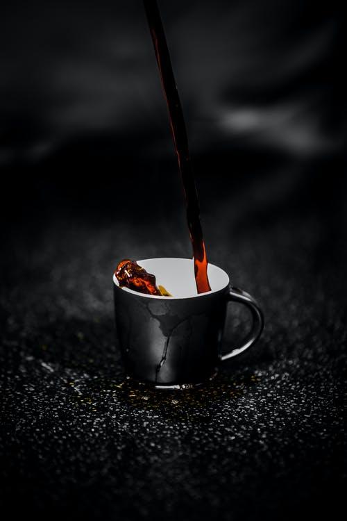 Είναι τελικά ωφέλιμος ο καφές; Τι δείχνει νέα αμερικανικήμελέτη